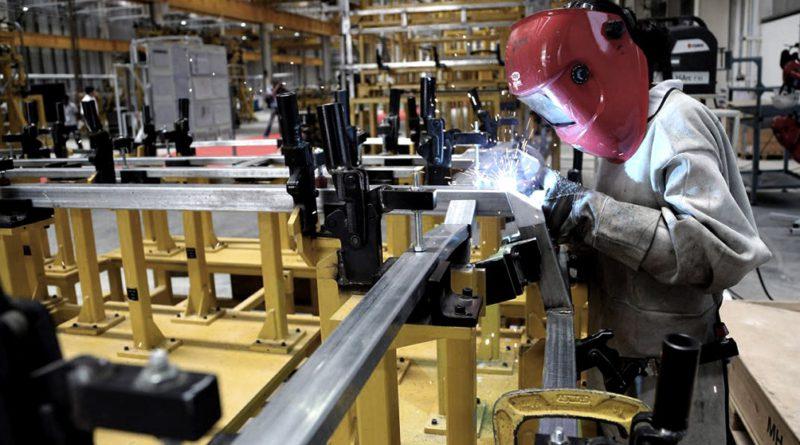 El Gobierno creó un programa de asistencia de emergencia al trabajo y la producción