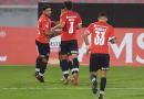 Independiente recibe a Santos con la obligación de ganar para seguir en carrera.