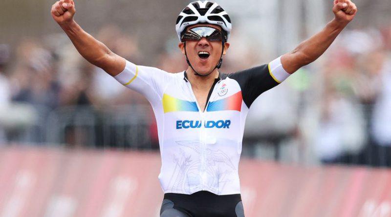 Richard Carapaz hace feliz a Ecuador.