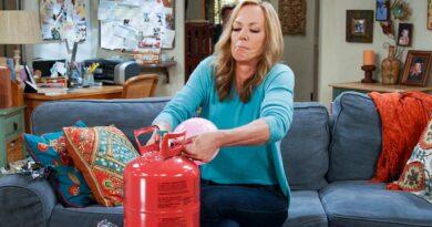 """La octava y última temporada de la exitosa sitcom """"Mom"""" se estrena este viernes"""